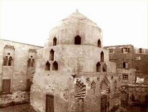 Shajar al-Durr's mausoleum - headstuff.org